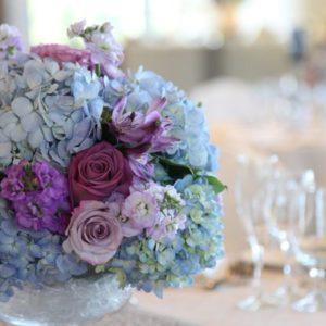 blue_wedding_reception_centerpiece
