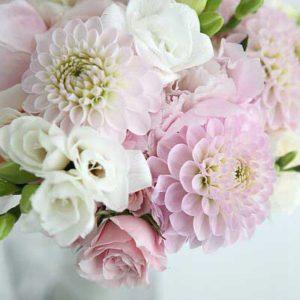pink_dahlia_bridal_bouquet