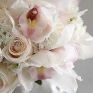 white_orchid_bouquet