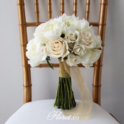 Casa Loma Wedding Bouquet
